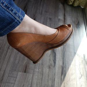 Michael Kors open toe leather wedges